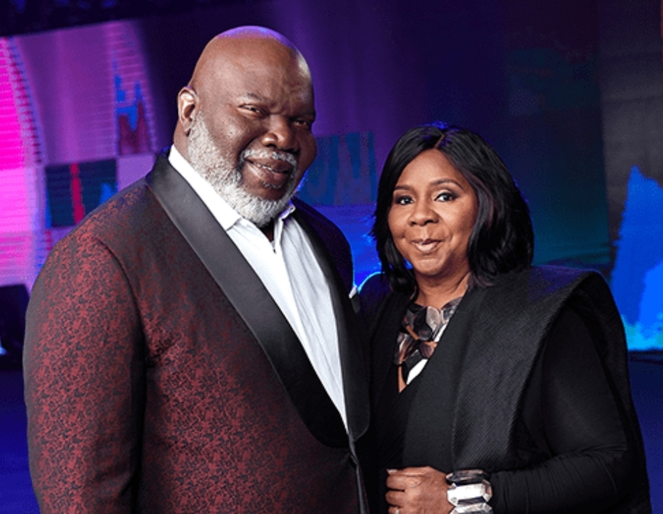 MOVING WITH THE RIGHT PEOPLE BY- BISHOP TD JAKES